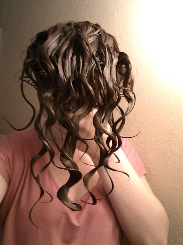 wavy curl clumps