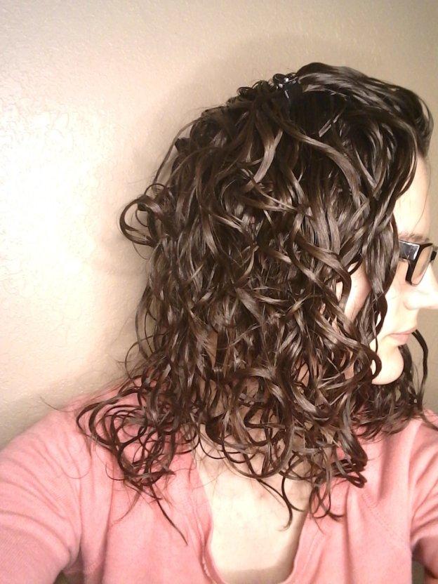 mousse cast wavy hair