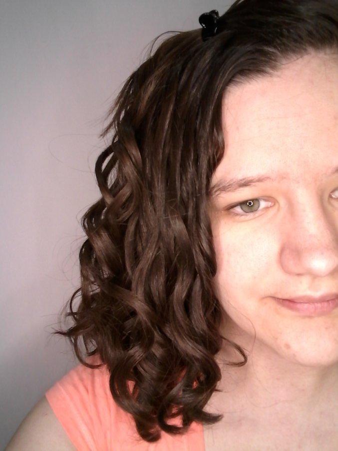 Clarifying wavy hair